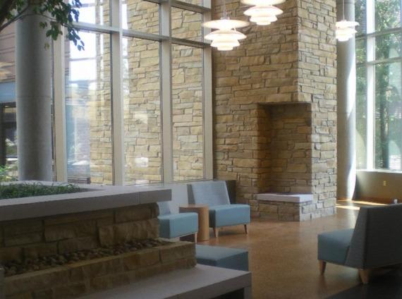 Franklin Woods Community Hospital lobby